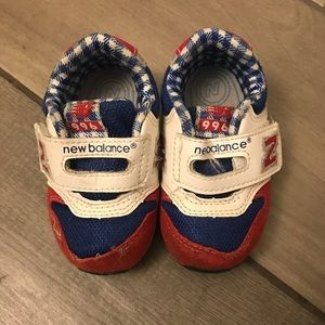 Size 5 toddler sneakers!